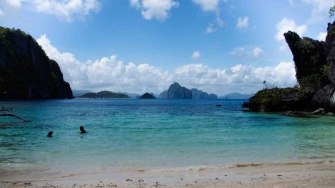 Papaya Beach El Nido
