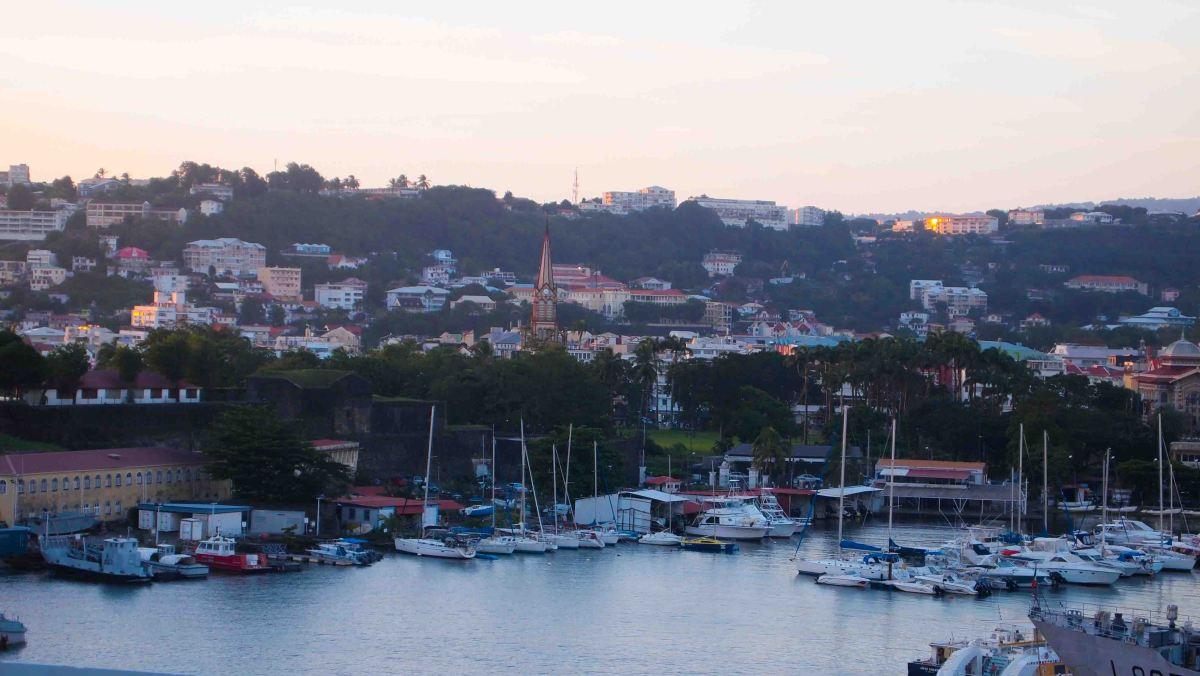 Que ver en Martinica. Un Paseo por Fort DeFrance