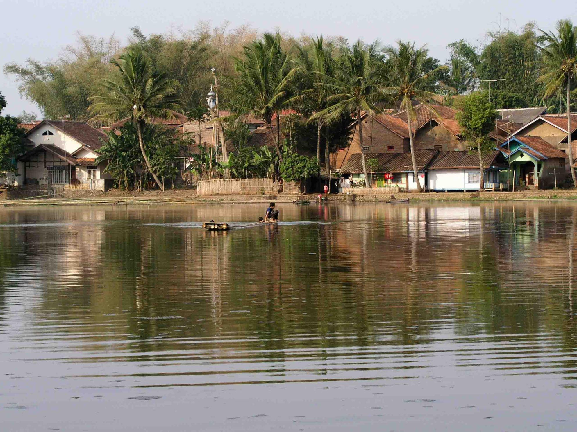 Isla-de-Java-Candi-Cangkuang