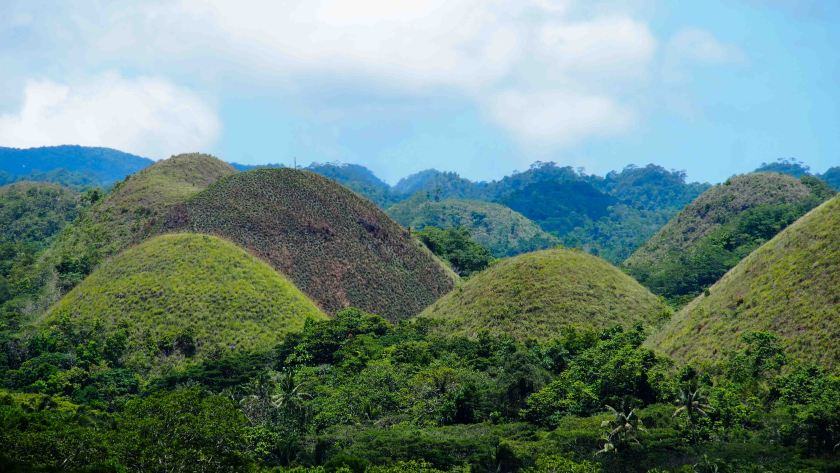 que-ver-en-bohol-Chocolate-Hills