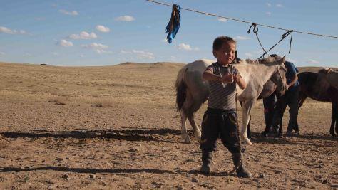 Niño nomada Gobi