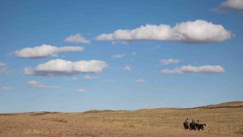 Jinetes Nomadas desierto Gobi