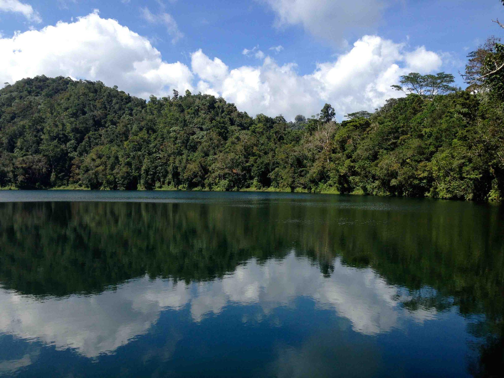 Lago-Ranamese-Flores-Indonesia