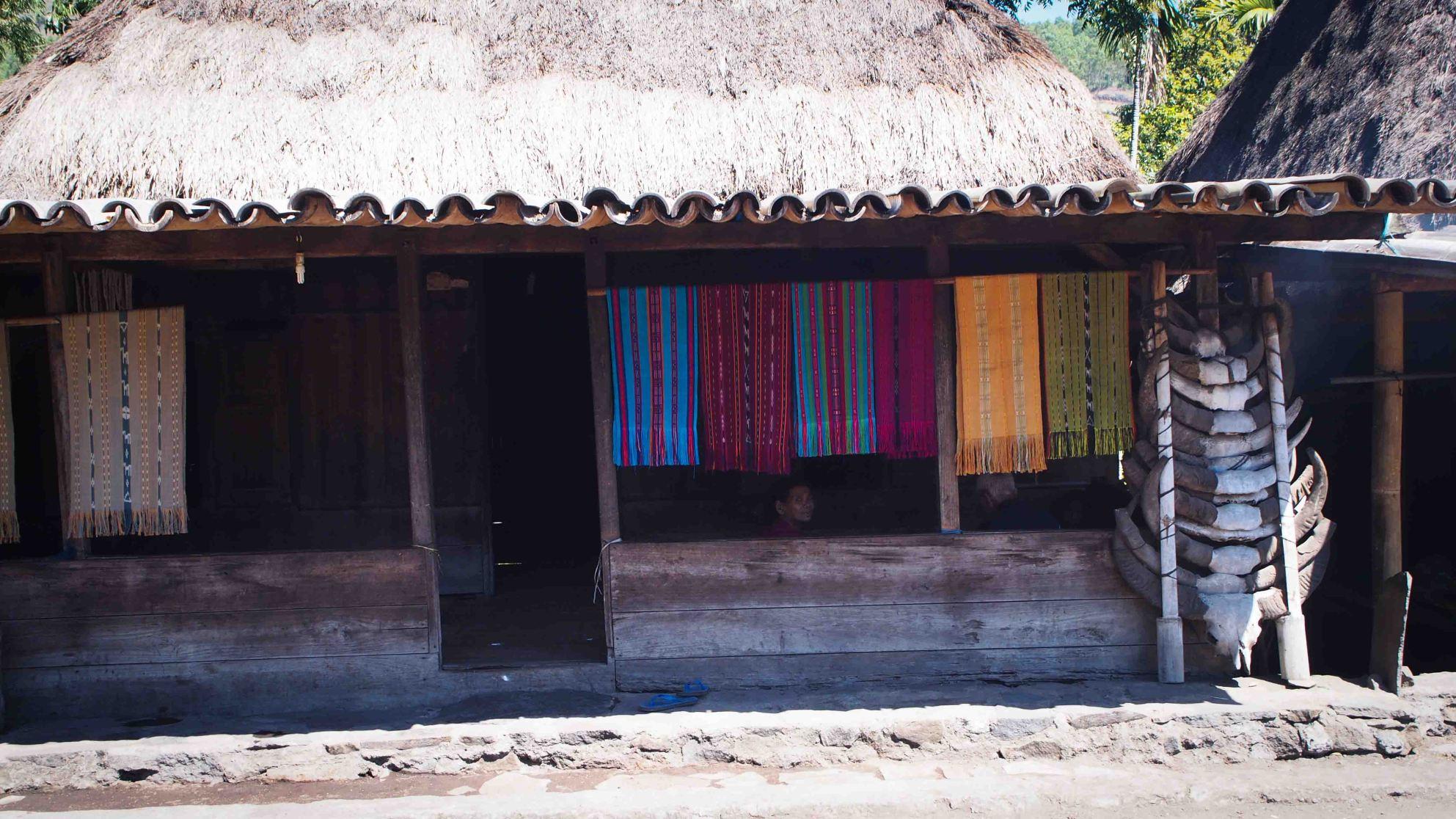 Ikats-Bena-Flores-Indonesia