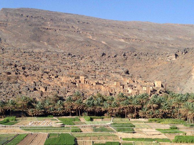 Las aldeas más antiguas de Omán. Al Hamra, Misfat y el sistema de regadío Falaj.