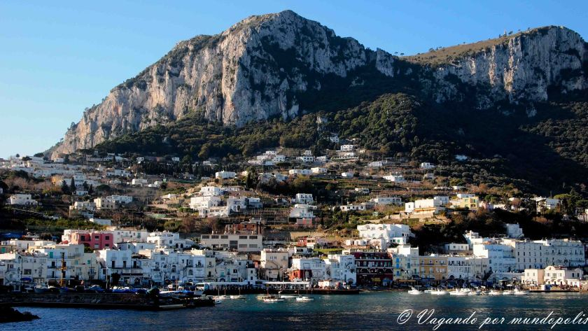 turismo-alrededores-de-napoles-capri