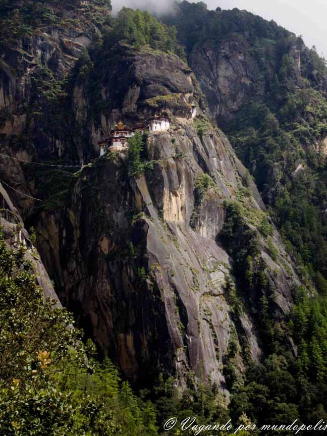 El Nido del Tigre-Butan